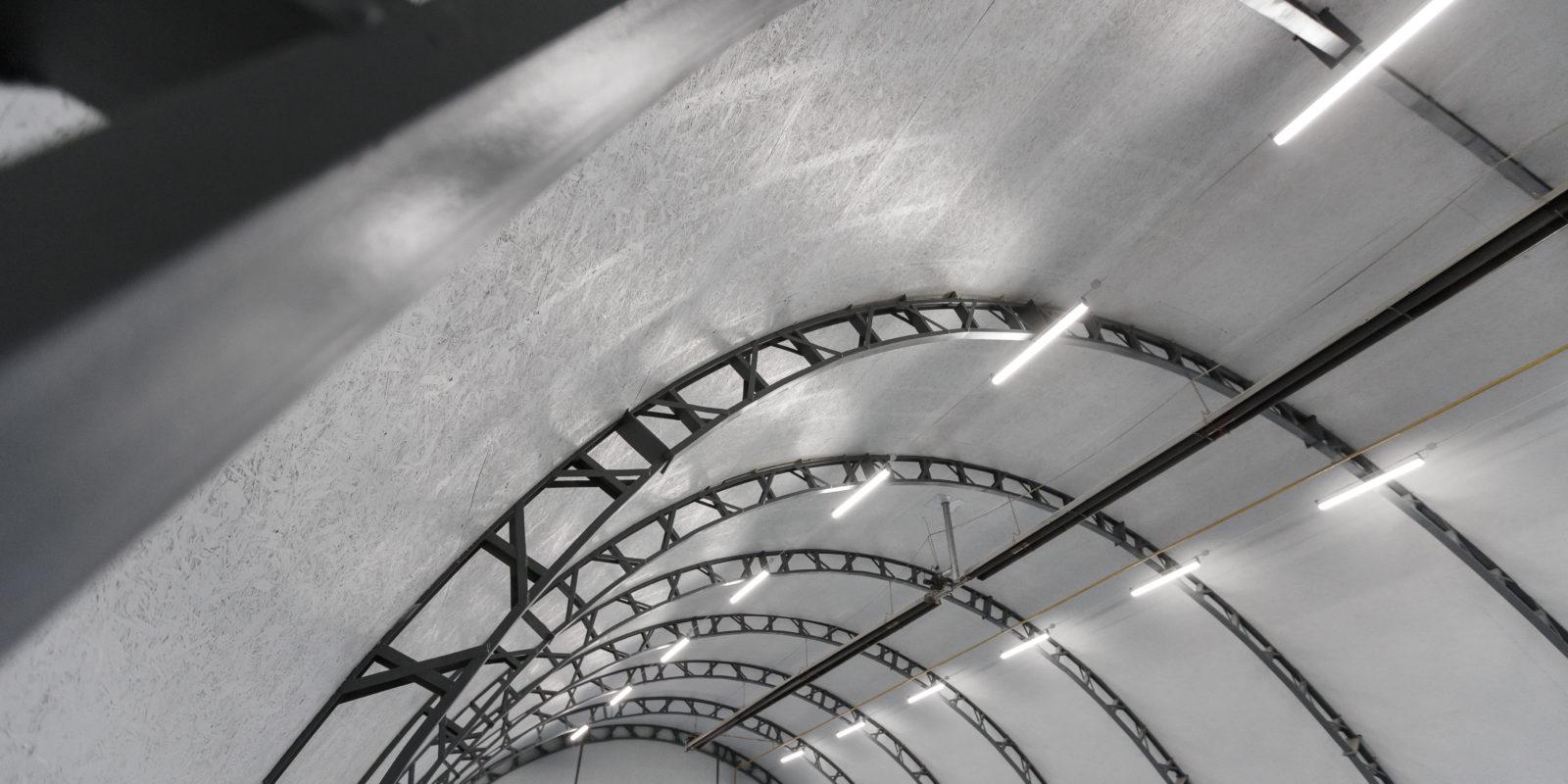 Šiltų konstrukcijų angaro statyba
